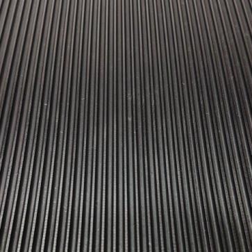 GT avtotekač ozka rebra 3mm x 1200mm, črna - Avtotekač