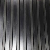 GT avtotekač široka rebra 3mm x 1500mm x 10m, črna - Profilirana tehnična guma